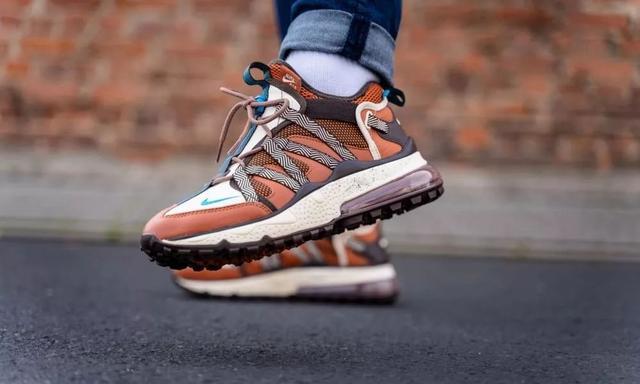 NB 的 V 底越野跑鞋是我最近的心头好 丨《每周冷门球鞋大赏》