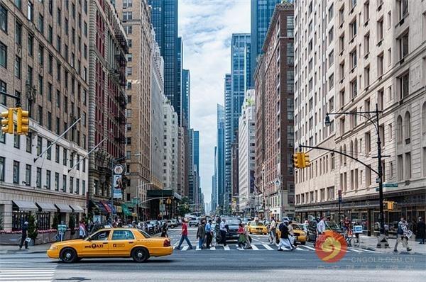 美国新冠肺炎感染病例猛增 纽约州和加州下令6000万人待在家里